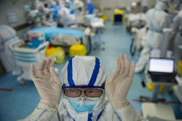 Tin vui: 2/4 bệnh nhân nặng đã có kết quả xét nghiệm âm tính 2 lần với virus gây bệnh COVID-19-1
