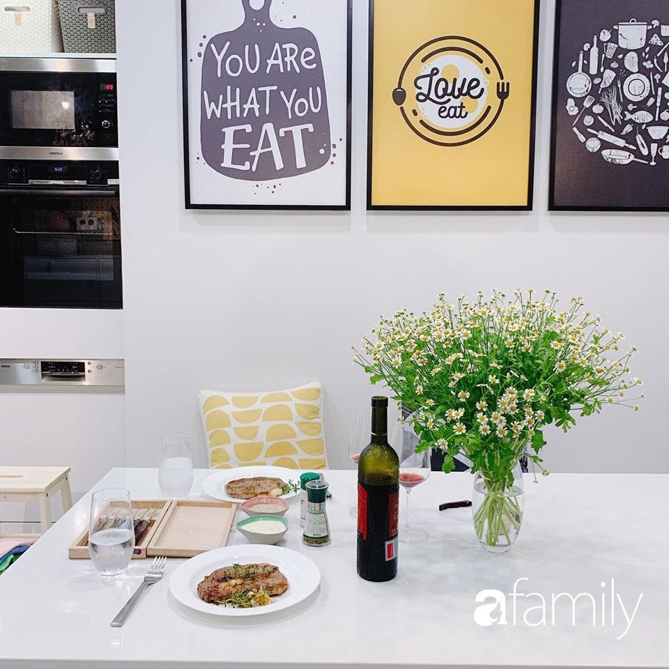 Căn bếp 15m² của bà mẹ Sài Thành đẹp như tạp chí, trưng bày dụng cụ làm bếp không khác gì walk-in closet-3