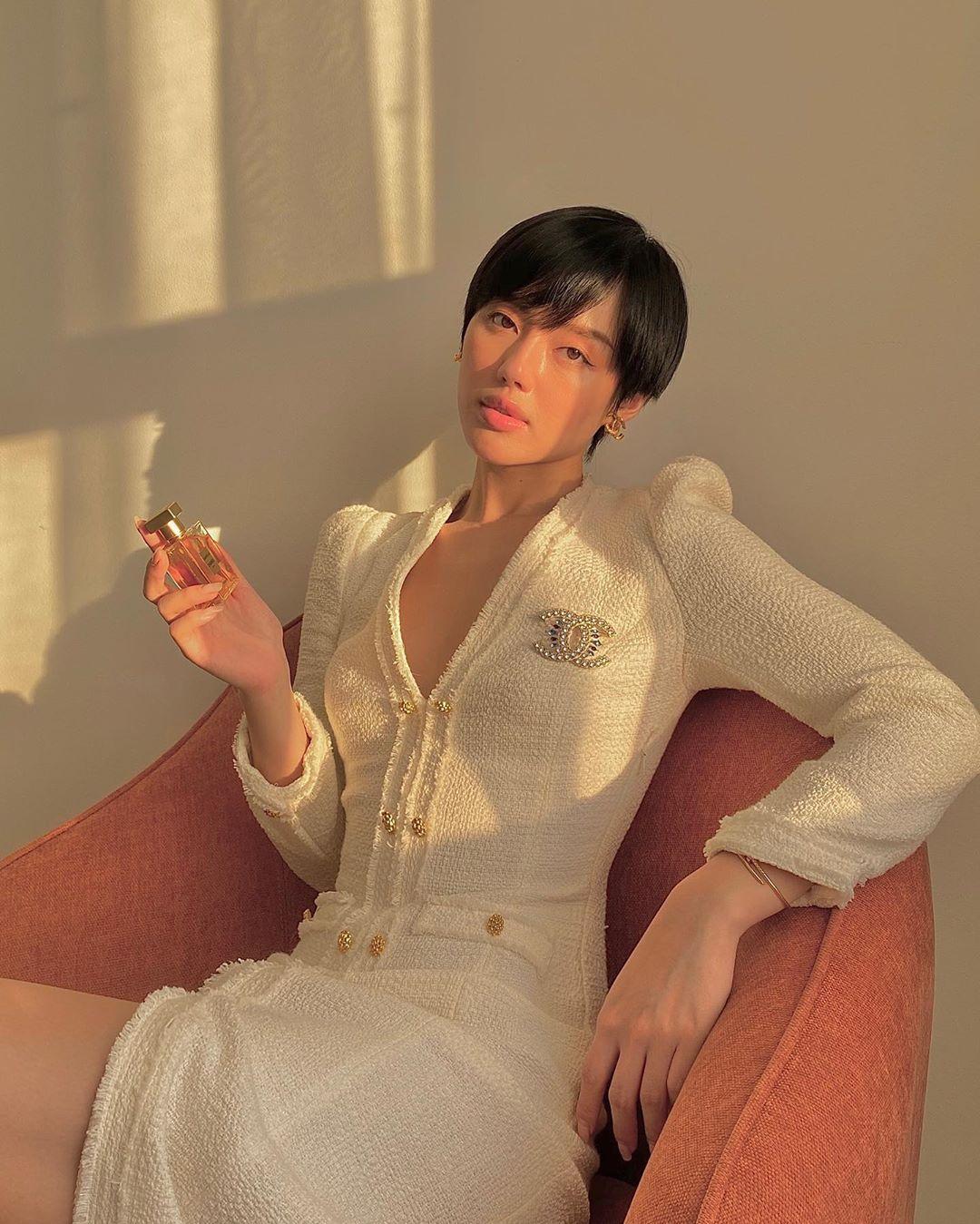10 gợi ý lên đồ họp online mùa dịch: Phượng Chanel cũng xuất sắc chẳng kém mỹ nhân nào trong Vbiz-7