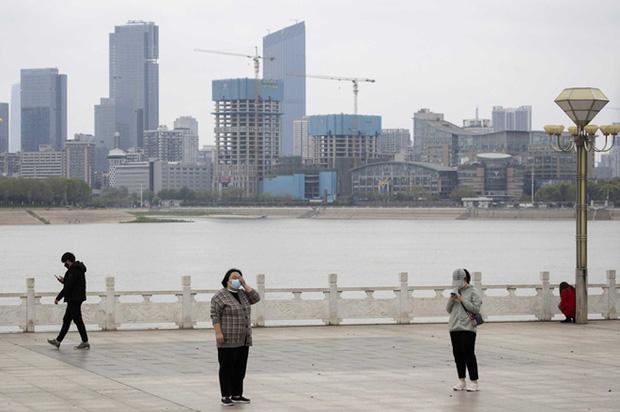 Trung Quốc bất ngờ phong tỏa huyện với 600.000 dân-1