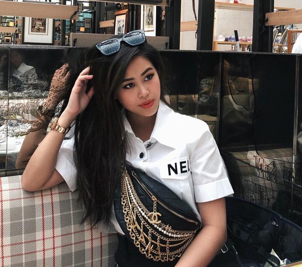 Tiên Nguyễn toàn đeo túi hàng hiệu, có chiếc Chanel cá sấu 40.000 USD-8