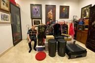 Nghệ sĩ Xuân Hinh khoe phòng để đồ, hé lộ bộ sưu tập áo dài đủ loại