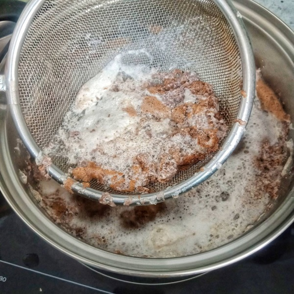 Mẹ đảm học cáchtự làm bánh canh cua sườn heo đậm đà-5