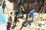 Một loạt nhân viên y tế bị nhóm người đuổi đánh, ném đá khi đến kiểm tra, bị bệnh nhân Covid-19 nhổ nước bọt khiến dư luận bức xúc