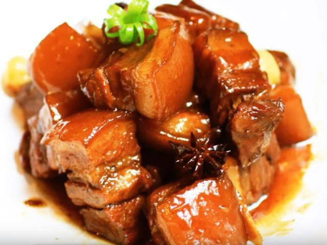 Kho thịt đừng cho nước và muối từ đầu, làm trước những điều này thịt sẽ mềm, ngon không béo-3