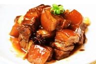 Kho thịt đừng cho nước và muối từ đầu, làm trước những điều này thịt sẽ mềm, ngon không béo