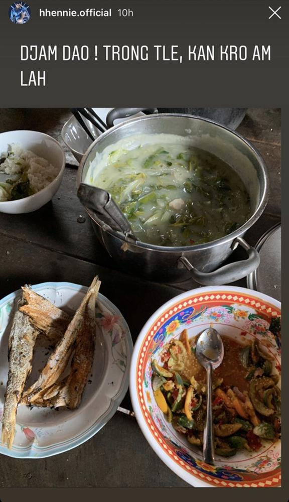 Khi sao Việt cách ly xã hội: ngày nào cũng thấy vào bếp tự nấu đồ ăn từ món Âu đến món Á-11