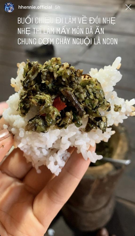 Khi sao Việt cách ly xã hội: ngày nào cũng thấy vào bếp tự nấu đồ ăn từ món Âu đến món Á-12