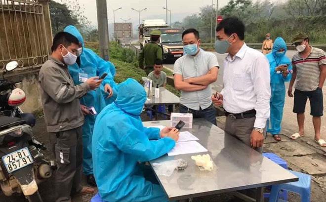 Người từ Hà Nội về Lào Cai phải cách ly tại nhà 14 ngày dưới sự giám sát của chính quyền-1