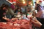 Tuyên bố giảm giá mà thịt lợn vẫn quá đắt, có kẻ đang ăn lãi đậm