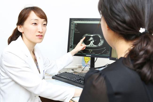 Giảm cân nhưng vòng eo và bụng lại tăng size thấy rõ, chị em đừng chủ quan với căn bệnh ung thư phổ biến nhất ở phụ nữ hiện nay-1