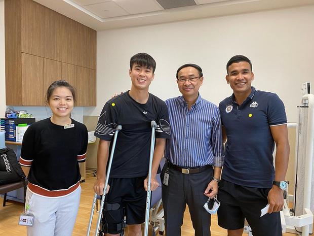 Thần y của tuyển Việt Nam mắc kẹt tại Hàn Quốc vì Covid-19, Duy Mạnh, Xuân Trường phải tập với bác sĩ lạ tại PVF-1