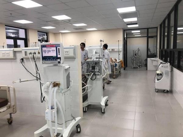 Giữa đại dịch Covid-19: Vì sao máy thở được coi là lá phổi sắt, hai loại máy thở khác nhau thế nào?-1