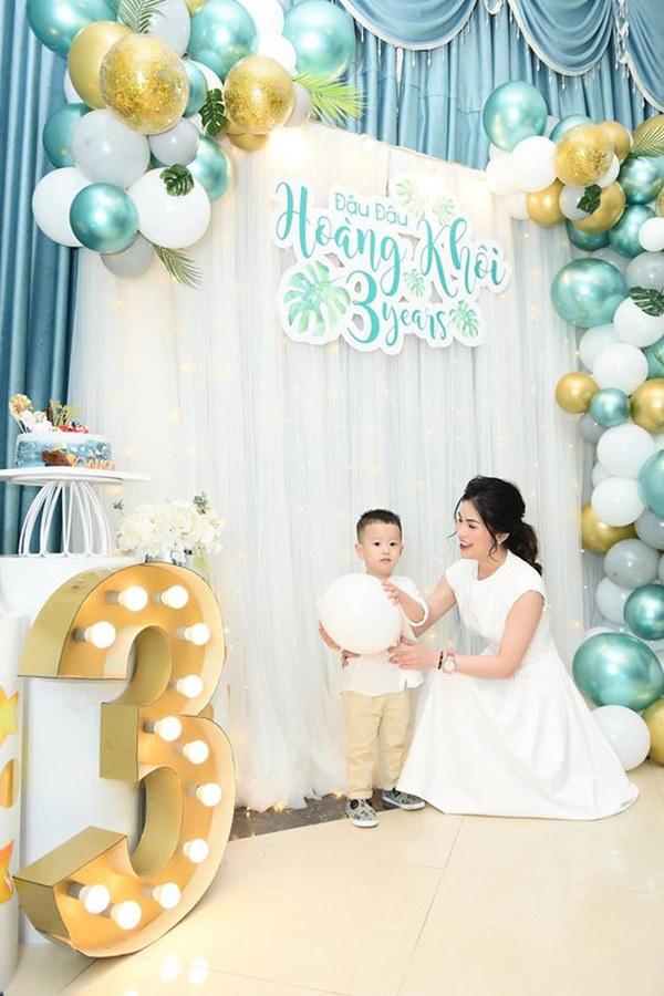 Ly hôn chưa tròn 1 năm, vợ cũ Việt Anh đã mong muốn tái hôn và còn đặt ra tiêu chuẩn cụ thể?-7