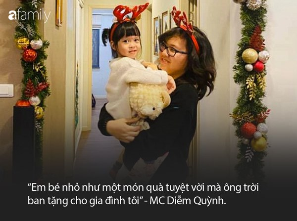 Ít khi chia sẻ chuyện gia đình, MC Diễm Quỳnh đã hé lộ ảnh hiếm hoi về 2 con gái trong lúc kêu gọi phòng chống dịch-5