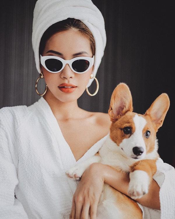 Chỉ đơn giản là diện áo choàng tắm, mỹ nhân Việt - Hànsống ảo cực nghệ-7