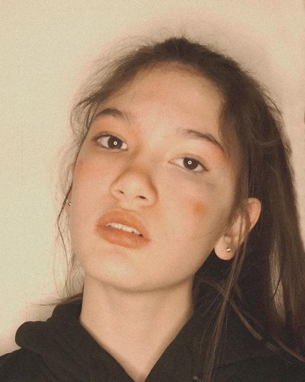 Em gái Lâm Tây khoe nhan sắc ngày càng thăng hạng thế này thì có khối thanh niên xin làm fan ruột!-1