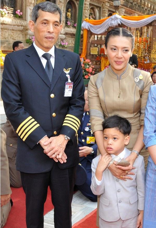 Hoàng tử Thái Lan: Vừa học giỏi vừa có địa vị tôn quý nhưng chưa chắc đã được kế vị bởi 1 điều-1