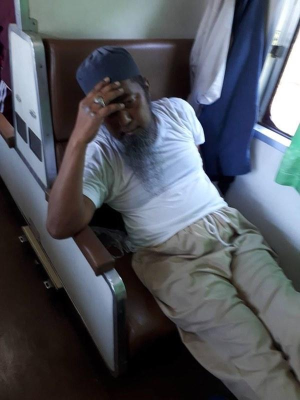 Khách nhiễm Covid-19 nhổ nước bọt vào người khác rồi gục chết ngay trên tàu ở Thái Lan-2