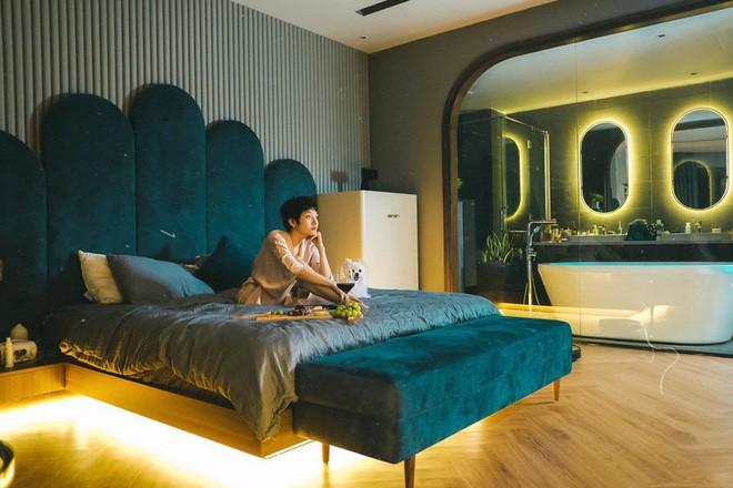 Bảo Anh chia sẻ cuộc sống hưởng thụ khi ở nhà tránh dịch, hé lộ phòng riêng đẹp như studio-2