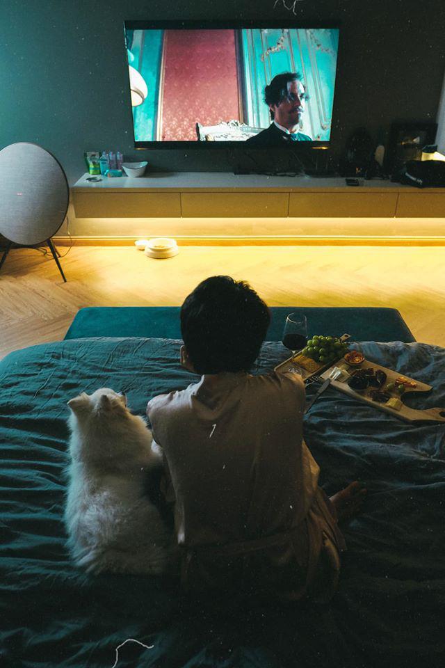 Bảo Anh chia sẻ cuộc sống hưởng thụ khi ở nhà tránh dịch, hé lộ phòng riêng đẹp như studio-3