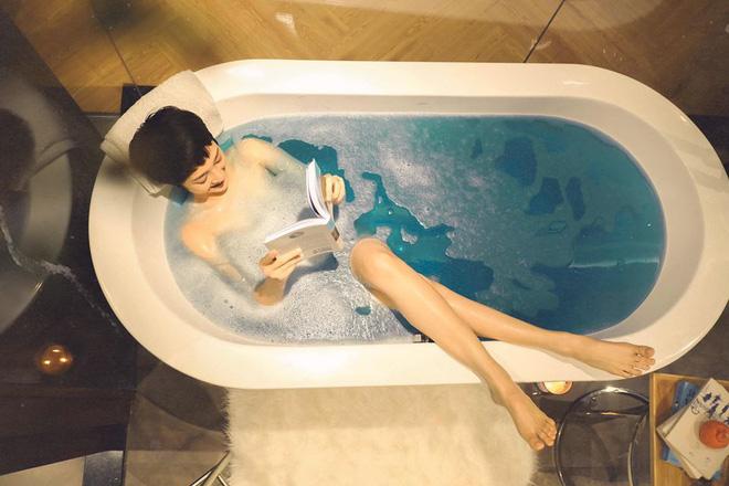 Bảo Anh chia sẻ cuộc sống hưởng thụ khi ở nhà tránh dịch, hé lộ phòng riêng đẹp như studio-6