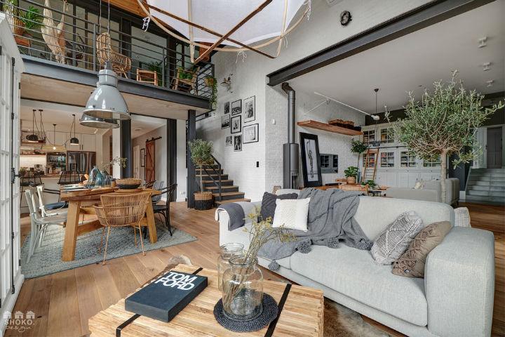 Ngôi nhà có gác lửng được thiết kế ấn tượng đến mức mới nhìn người xem đã phải chết mê từng góc cạnh, đường nét-1