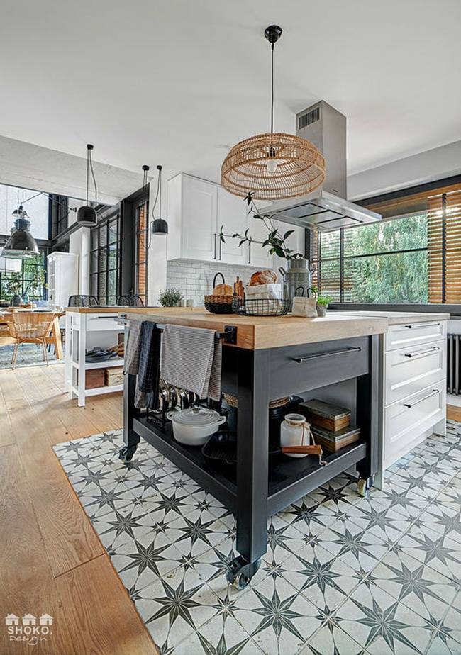 Ngôi nhà có gác lửng được thiết kế ấn tượng đến mức mới nhìn người xem đã phải chết mê từng góc cạnh, đường nét-6
