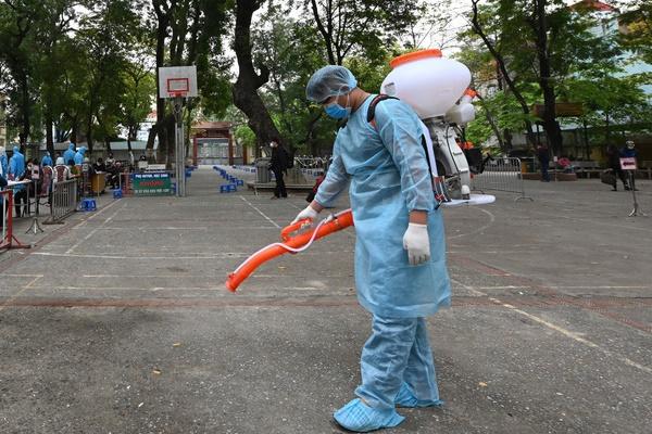 Thêm 1 buổi sáng Việt Nam không ghi nhận ca mắc Covid-19 mới, tình hình cụ thể của 3 bệnh nhân nặng-1