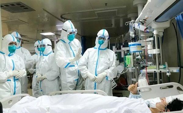 Người đàn ông ở Mê Linh từng đến BV Bạch Mai: Ủ bệnh 23 ngày hay chỉ là người khỏe mang trùng bệnh?-1