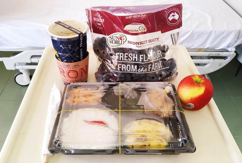 Những phần cơm cách ly bắt mắt và đầy đủ dinh dưỡng gây sốt MXH: Thực đơn thay đổi liên tục, có thêm cả nho Úc, táo Canada-9