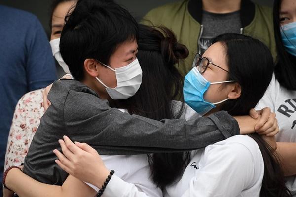 Thêm 27 người mắc Covid-19 ở Việt Nam khỏi bệnh-1