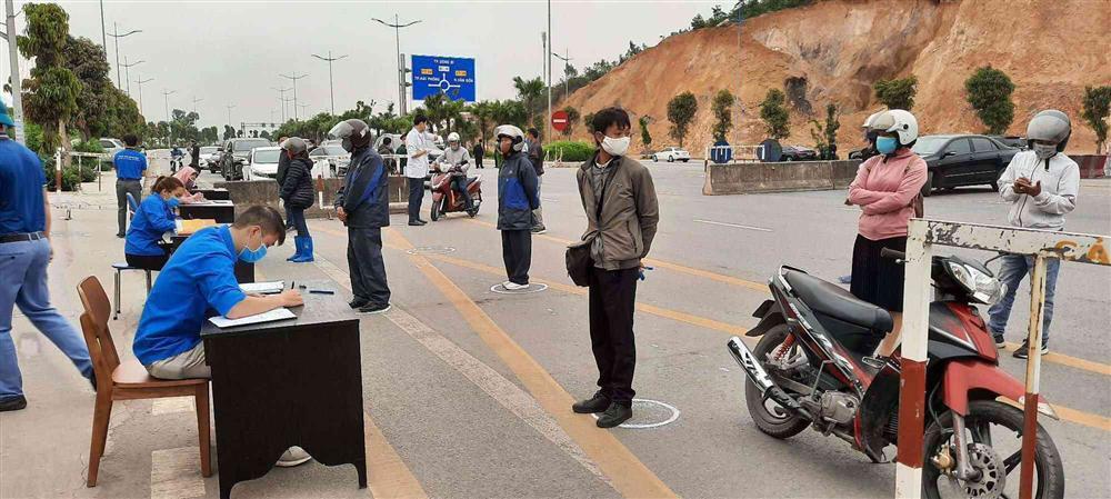 Quảng Ninh: Người đi chợ quá 2 lần trong ngày mùa dịch COVID-19 sẽ bị bêu tên-1