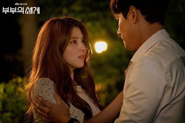 Han So Hee trong Thế giới hôn nhân: Gây chú ý nhờ nhan sắc giống Song Hye Kyo, chọc điên khán giả khi vào vai tiểu tam mặt dày-1