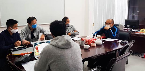 """HLV Park Hang-seo: Chúng tôi vẫn chăm chỉ làm việc để chuẩn bị tốt các phương án cho ĐT Việt Nam""""-1"""