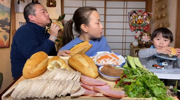 Quỳnh Trần JP đăng ảnh gia đình chúc mừng sinh nhật ông xã, thứ anh đeo trên mặt khiến không ai nhịn được cười-4