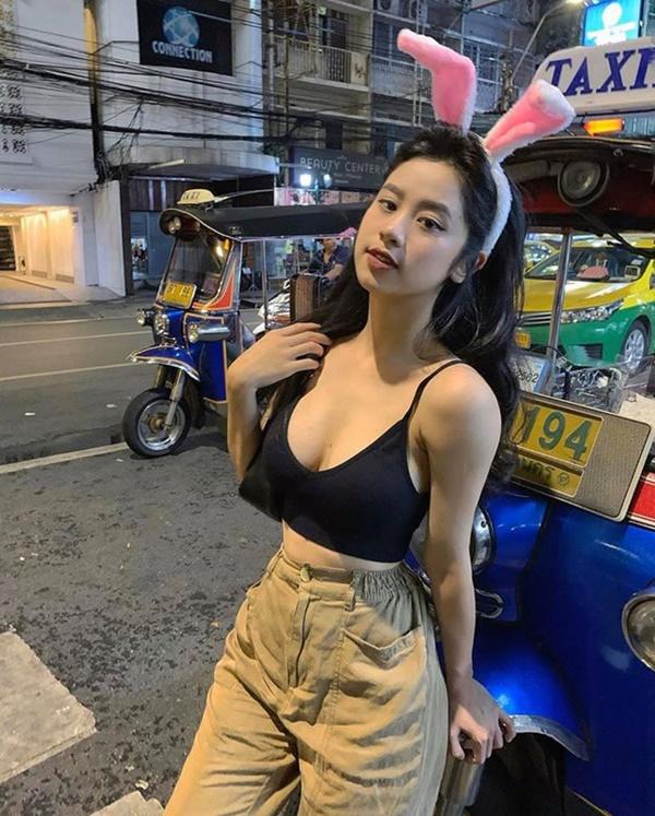 Chân dung bạn gái nóng bỏng mới công khai của Huyme-10