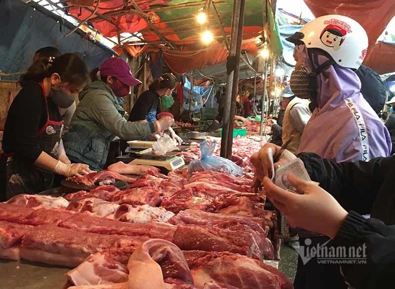 Thịt lợn mãi không giảm giá, Bộ ra văn bản lệnh tỉnh kiểm soát chặt-1