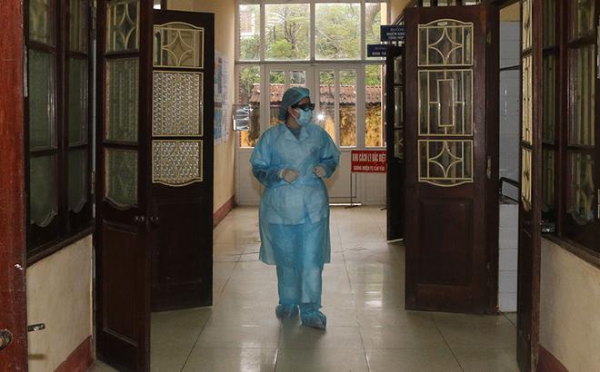 Bệnh viện Đa khoa Hà Nam khẳng định cách ly đúng quy trình 3 nhân viên Công ty Trường Sinh-1