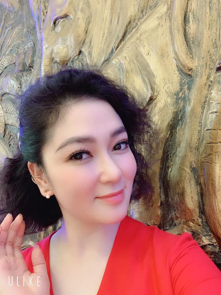 Khu vườn ngập hoa quả và rau xanh tại biệt thự của Hoa hậu Nguyễn Thị Huyền-2