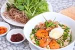 Mẹ đảm học cách nấu mì Quảng chuẩn vị ngon ngọt Miền Trung