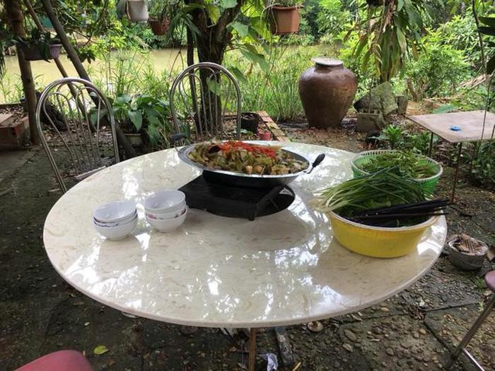 Nhà vườn 10.000m2 của nghệ sĩ Giang còi ngập hoa và trái cây-16
