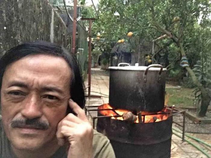 Nhà vườn 10.000m2 của nghệ sĩ Giang còi ngập hoa và trái cây-29