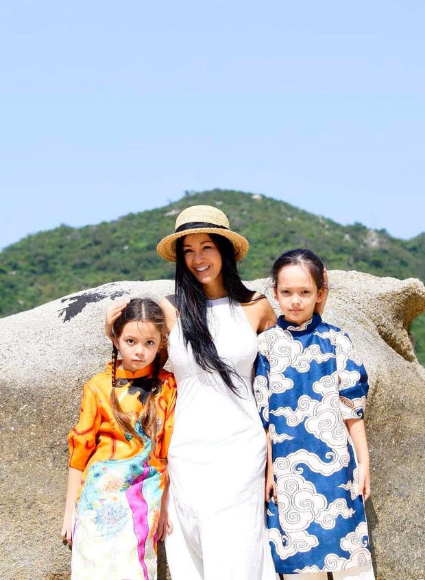 Diva Hồng Nhung khoe ảnh 2 nhóc tỳ mừng sinh nhật 8 tuổi: Công chúa nhỏ chiếm trọn spotlight vì nét đẹp đầy tiềm năng-5