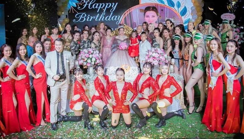 Chiêu thức kiếm tiền tỷ của vợ chồng doanh nhân Nguyễn Thị Dương-2