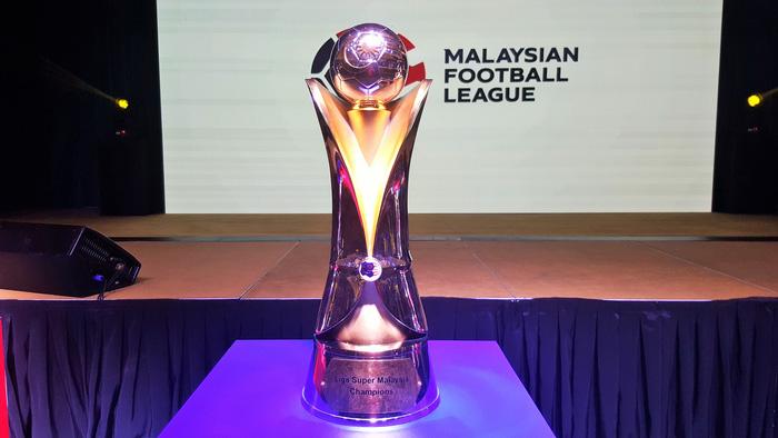 Vì sao cả thế giới kêu gọi cắt giảm lương nhưng cầu thủ tại Malaysia lại chiến đấu để buộc các đội bóng trả đủ tiền?-1