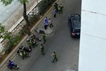 Công an TP.HCM phong tỏa hiện trường nơi tiến sĩ Bùi Quang Tín rơi lầu