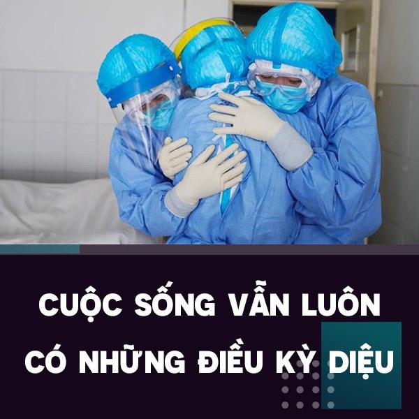 Điều kì diệu tại BV Bạch Mai những ngày cách ly toàn diện: Hàng chục y bác sĩ mặc đồ bảo hộ nỗ lực cứu sống sản phụ bị sốc mất máu, 2 lần ngừng tim-2