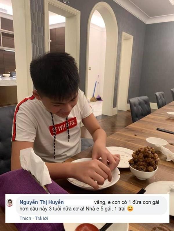 Kín tiếng bao năm, Hoa hậu Nguyễn Thị Huyền giờ chăm khoe tài nấu ăn cho cả đàn con-6
