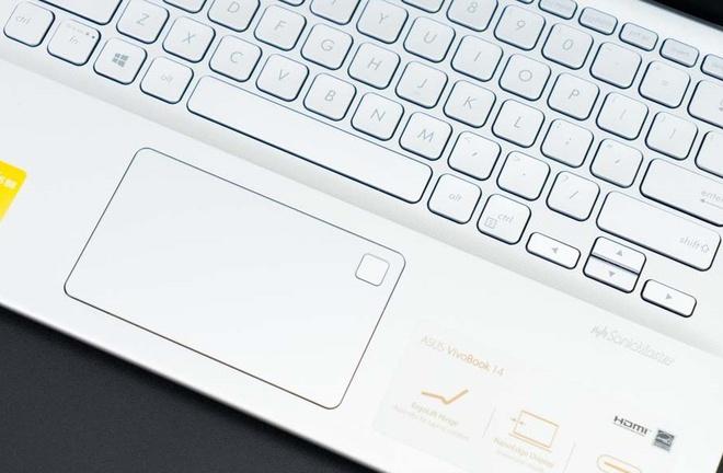Loạt laptop giá rẻ phù hợp để làm việc tại nhà trong mùa dịch Covid-19-7